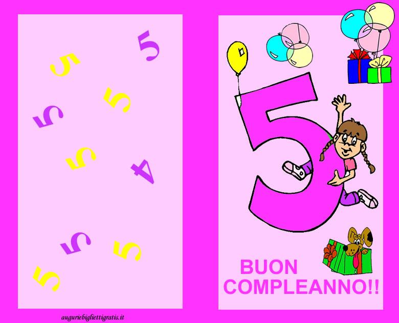 Biglietto di auguri rosa con numero 5 centrale rosa e bambina felice piena di regali